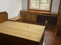 华源城市花园 三室二厅 112平 良装 空,热,彩,冰,洗,床,家具 2800元