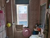 墙壕里 二室一厅 53平 良装 空,热,彩,冰,洗,床,家具 1300元