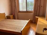西白鱼潭小区4楼54.32平2室1厅中等装修车库10.19平87万学籍未用