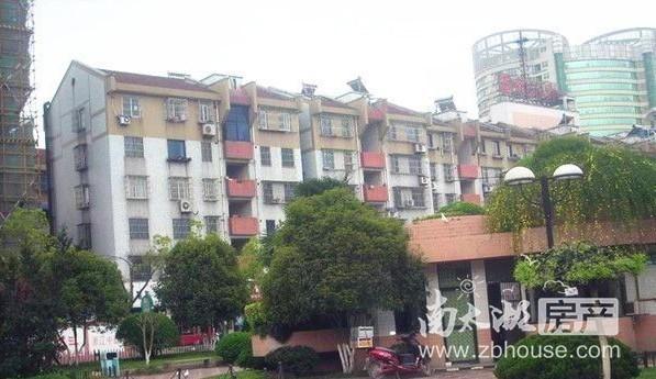骆驼桥新村 4楼两室 中装70平 带车库 家电齐全 1500/月