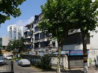 市陌北区4楼68.13平米简装2.5室1厅车库12平米学籍在满2年82.8万