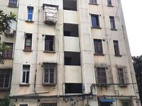 章计村二期多层4楼 三室两厅 西边套 三阳台 自住精装 满两年