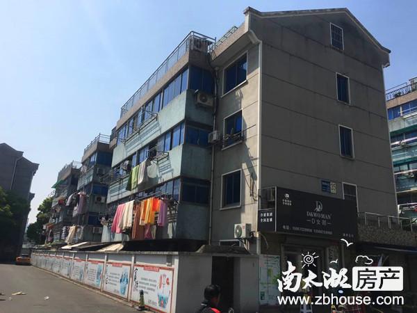 新墙壕里 3楼 115平米 三室二厅 精装 车库8平米 162万