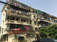 出售!红丰5村2楼,60平,良装,两室一厅,72万,看房提前联系(准拆迁房)