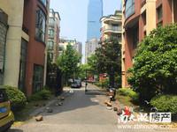 市中心,多层3楼位置好,总价170万,带自行车库车位一个25万