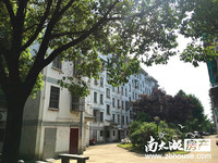 西白鱼潭多层2楼 两室两厅 中等装修 满两年