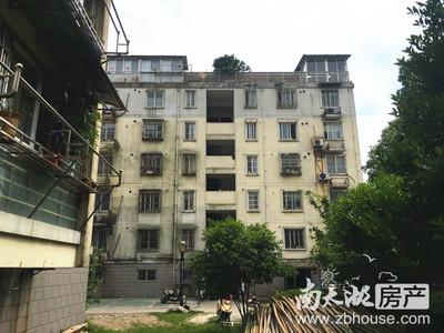 紫云花园 2楼 133平 三室二厅二卫 毛坯 172万