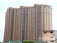 长岛府一期36楼 122平 三室二厅一卫 精装 2年外 220万