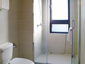 125方样板间-卫生间