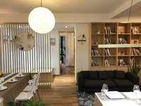 泰和家园 1楼 面积:86 平 2室半1厅 全新精装 价格:128.9万