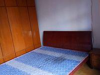 凤凰二村5楼66平良装二室半设施齐租1600