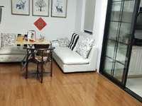 出售,市陌小区5楼,60方,新装修,售价78万。