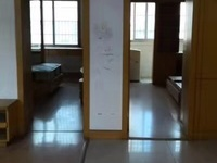 出售 湖东小区二室二厅 老良装 标准户型 满5年 看房有钥匙