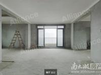 此房满2年,无遮挡采光好,小区品质优秀,看房方便!