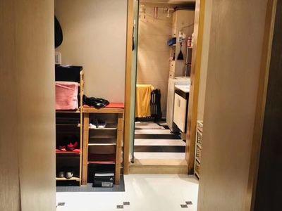 急出租:余家漾小区精装三室两厅两卫,家具家电齐全,价格便宜,有钥匙随时看。