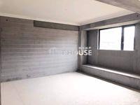 祥生悦山湖电梯洋房6楼,136平,4房2厅2卫,全新毛坯,带产权车位,235万