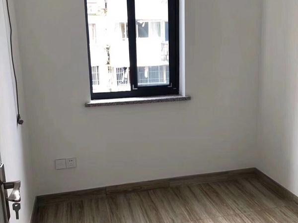 凤凰二村房屋出售全新家电家具