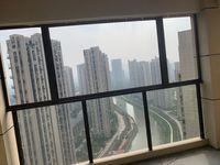 高层30 33楼。面积123. 6平方米。雅宅 装修 车位仅售153万元。