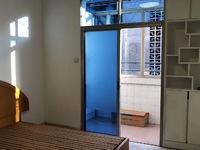 吉山新村 一室半 1100/月 看房方便 有钥匙 3楼