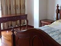 太湖阳光假日一期联排别墅 ,227平方 37平方车库都是地面,精装,价格438万