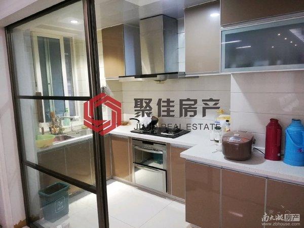 明都锦绣苑5楼电梯房148.8平4室2厅2卫,精装修拎包入住178万,看房方便