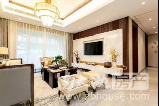 吾悦广场绝版小面积,中上楼层,105方,140万,房东包二税