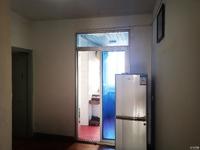 凤凰二村6/6F,简装,一室半两厅明厨卫