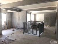 美岸华府1楼带花园 1楼120平 地下室44平 花园60平 车位两个另售