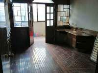 吉山4村 4楼 三室一厅良装 空3 家电 家具齐 看房方便 位置好