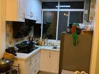 本店出售,紫云小区 6楼,35平 一室一厅,售价48万