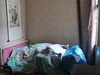 吉北小区,居家装修,户型好,生活方便,有钥匙,老五中读书,一看就中好房子。
