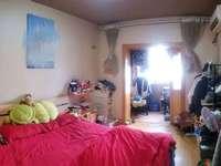 1044凤凰二村一室一厅良好装修,低价出售
