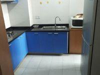 日月城 二室一厅 50平 良装 空,热,彩,冰,洗,床,家具 1500元