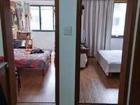 市陌西区四中学区 两室朝南 自住较好装修 阳光好 满两年