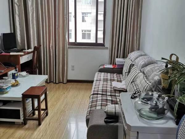 出售环城西路小区2室2厅1卫78平米86万住宅满五年唯一拎包入住