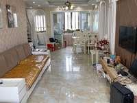 马军巷6楼带阁楼下73.6平二室二厅一卫阁楼一室一卫一露台一阳光房精装105万