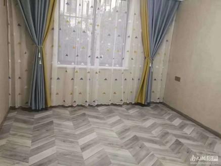 出售:马军巷,1楼,74.11平105.8万,标套,不靠路,