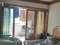 墙壕里2楼41.92平米较好装修1室2厅59万