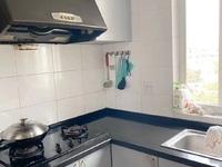吉山四村5楼精装59.24平米2.5室1厅标套明厨明卫