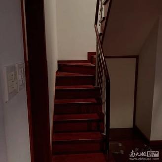山水阳光 5楼跃层 两室两厅两卫 带露台
