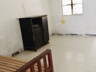 3089 吉山南区1楼/4楼 60平两室一厅简装干净无家电 1100适合做仓库