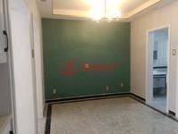 出售湖东小区车库上一楼,精装,二室,72.8万