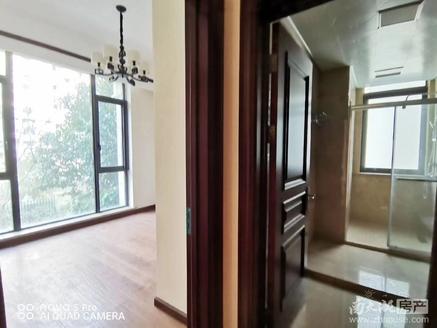 出售绿城御园稀缺多层,全新豪华装修,看中可协!