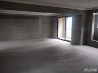 祥生悦山湖新出房源125方,三室两厅两卫外加一书房,户型方正,南北通透