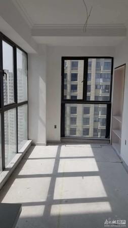 汎港润园二期高层30层,面积123.6平方米,雅宅装修带车位仅售150万元