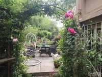仁皇山五中旁,金色地中海一楼带花园带地下室,花园200多平,喜欢花园的值得入手。