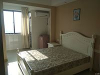 出租巴黎春天1室1厅1卫30平米1600元/月住宅