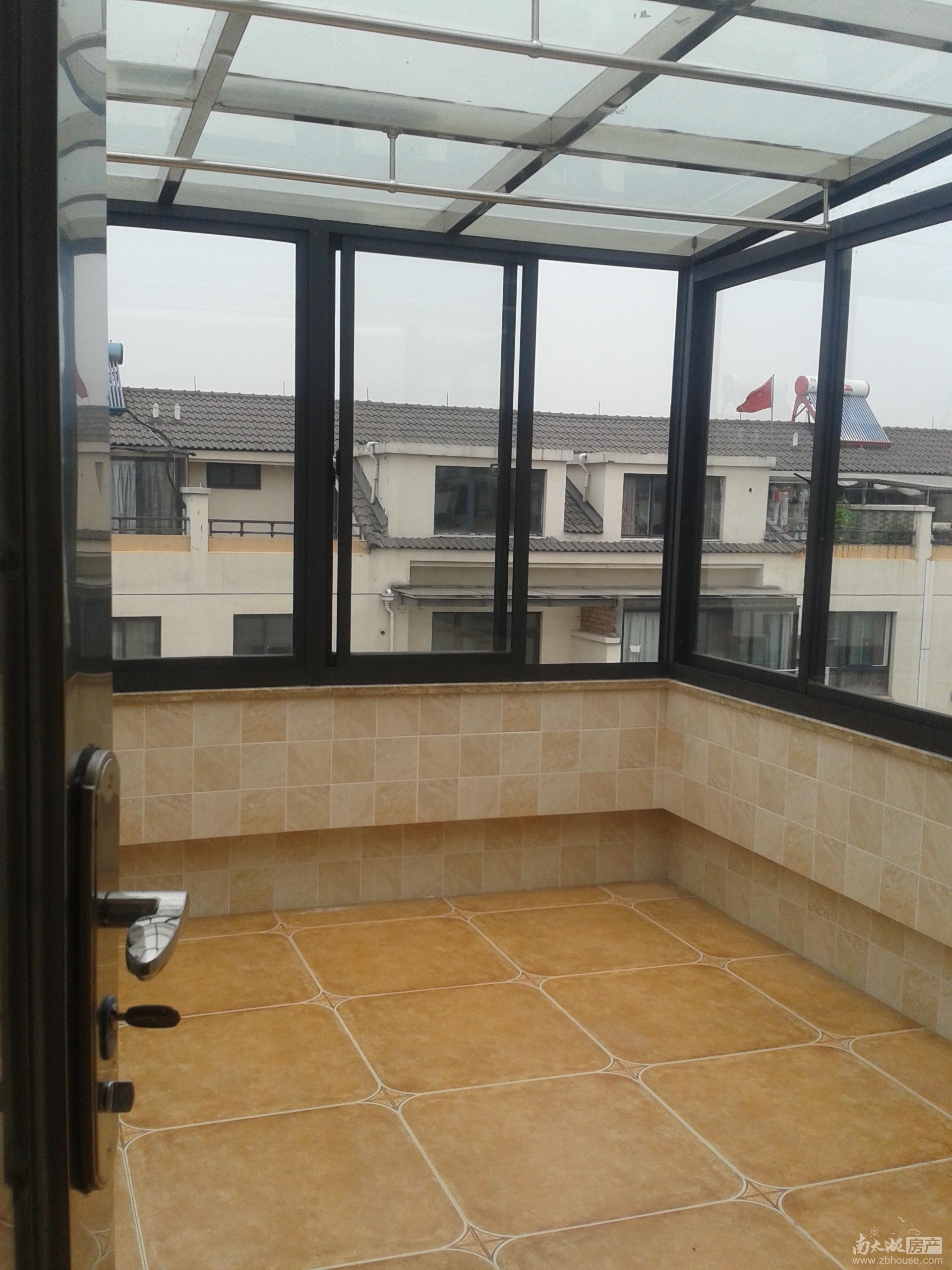 多层5楼复式,实用面积160多平方再加2个阳光房,租金可面议