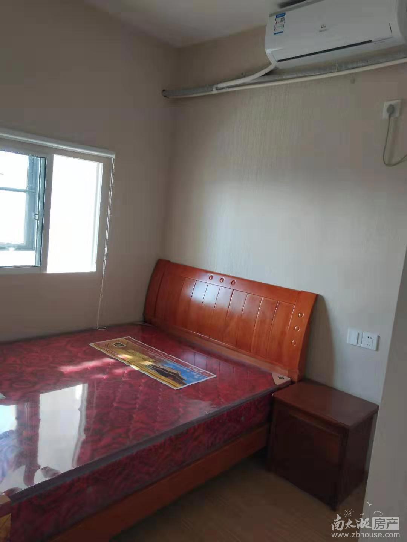 2879 水岸公馆14楼 67平两室一厅 精装 家具家电齐1900 含物业费