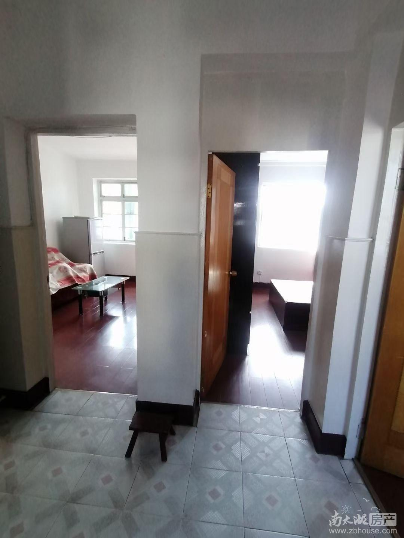 文苑小区6楼 2室半1厅 中等装修 家电齐全 有天然气